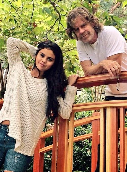 """New behind the scenes picture of Selena and William H. Macy on the set of the """"Hold On"""" music video (October 21) William Video selena Scenes Picture On' October music Macy Hold Behind"""