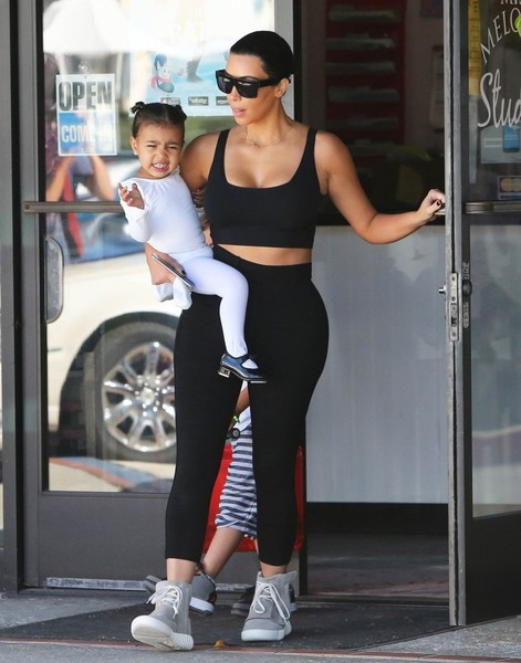 Kim Kardashian and North West leave North's dance classes in Los... celebrity